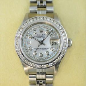 Rolex Lady Datejust mit Perlmuttzifferblatt in weiss und Diamanten